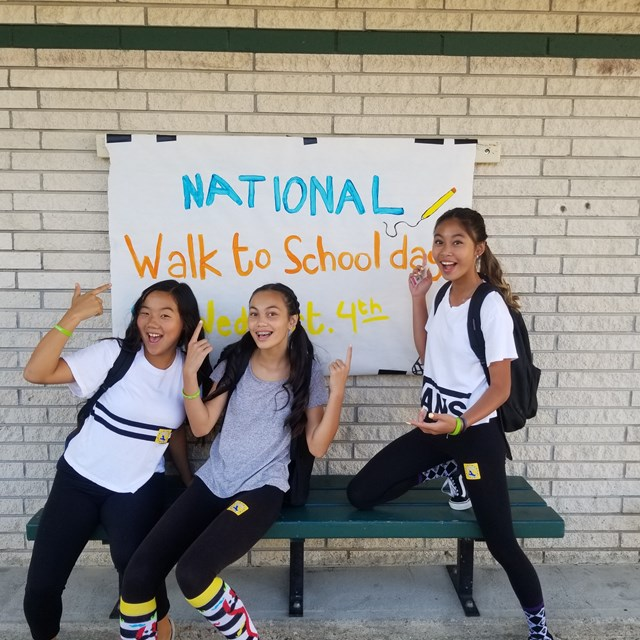 National Walk to School Day is a success! Let's keep our Roadrunners active.