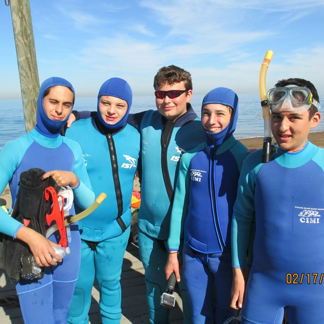 The Catalina Island field trip educates students on the importance of marine life through a hands on lesson in the ocean!