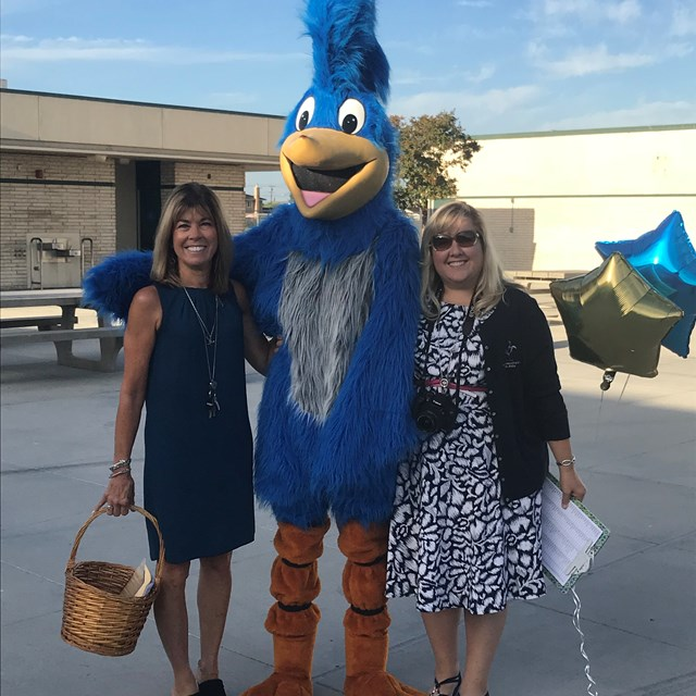 Mrs. Patterson, Mrs. Balius, and Mr. Roadrunner Welcome Bell students on the First Day!